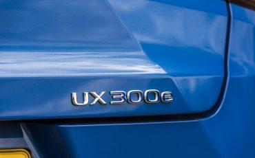 13-De-Lexus-UX-300e-Electric-gebouwd-volgens-Lexus-DNA