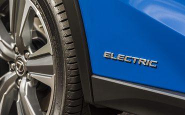 14-De-Lexus-UX-300e-Electric-gebouwd-volgens-Lexus-DNA