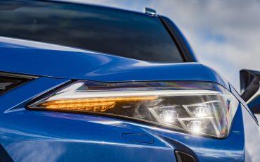 17-De-Lexus-UX-300e-Electric-gebouwd-volgens-Lexus-DNA