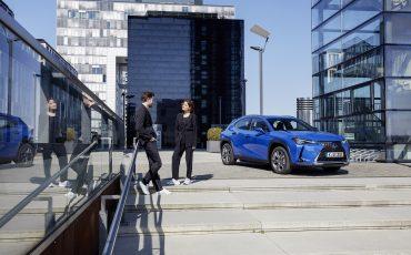 24-De-Lexus-UX-300e-Electric-gebouwd-volgens-Lexus-DNA