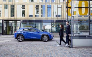 25-De-Lexus-UX-300e-Electric-gebouwd-volgens-Lexus-DNA