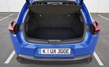 31-De-Lexus-UX-300e-Electric-gebouwd-volgens-Lexus-DNA