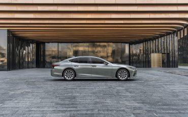 05-De-ultieme-limousine-verder-verfijnd-de-nieuwe-Lexus-LS
