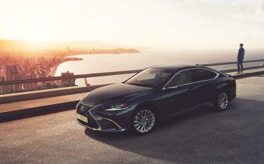 Lexus biedt nieuwe en huidige klanten nu tot 10 jaar garantie